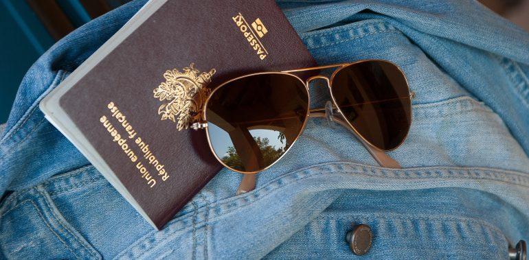 Spot on Travel Pas og visum