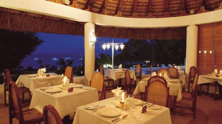 le-boucanier-restaurant-casuarina-resort-og-spa-mauritius